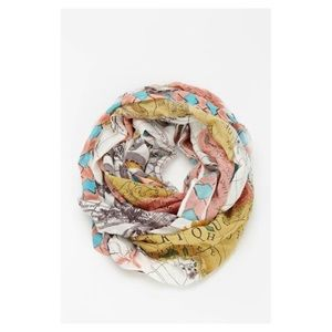 World Traveler Eternity Scarf